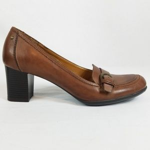 Natural Soul by Naturalizer Brown Leather Heels 10